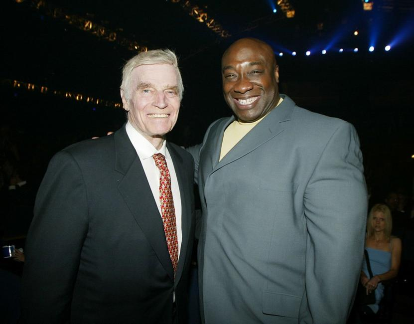 Charlton Heston and Michael Clarke Duncan at the 2002 World Stunt Awards held at Barker Hanger in Santa Monica.